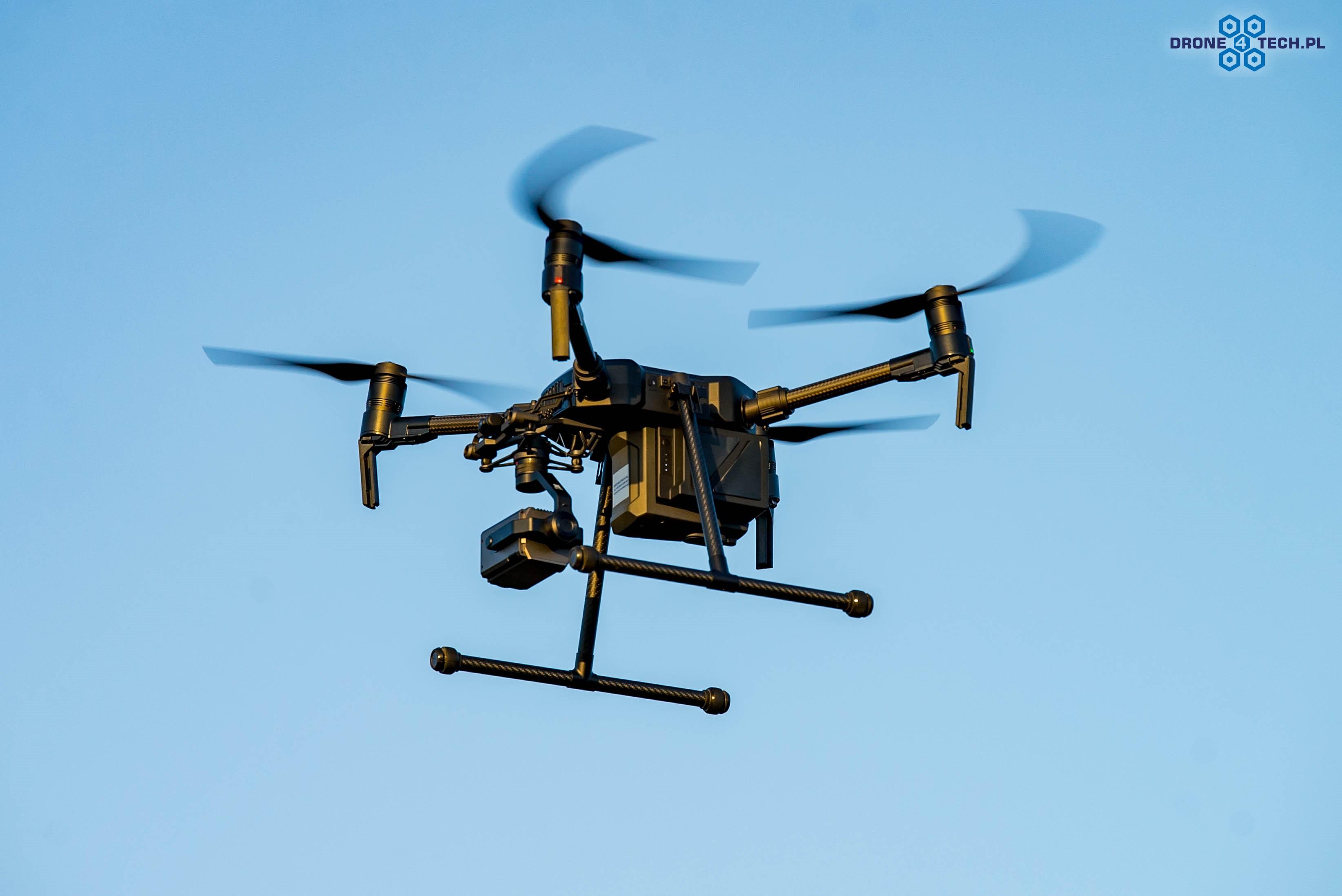 Szkolenia z zakresu obsługiwania drona